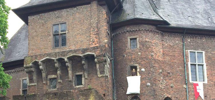 Märchenausstellung in der Burg Linn in Krefeld